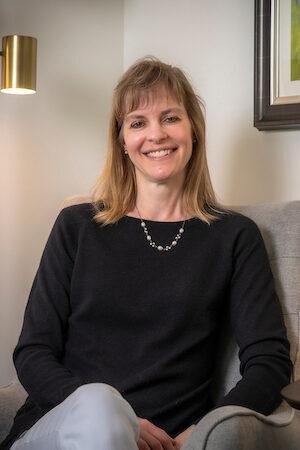 Lori Gardner (image)